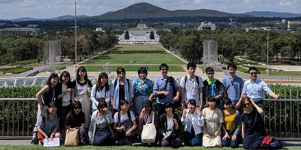 Japanese students and scholars on the roof of Australia's Parliament House