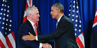 Prime Minister Malcolm Turnbull met US President Barack Obama at APEC as leaders grapple with how to respond to terrorism. Photo: Pablo Martines Monsivais