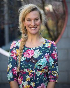 Dr Jessica Hambly